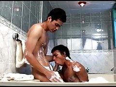 latino-boy-bareback-in-the-shower